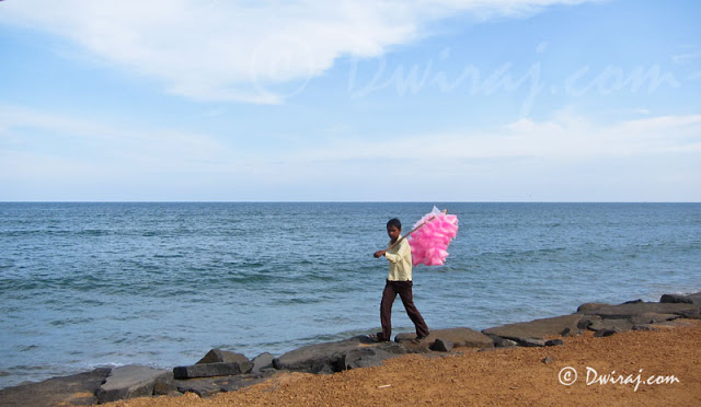 IMG_4578-candyfloss-beach-india-salesman-child-kid-photography-ferrywala